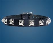 1-Row Pyramid Checkered Collar