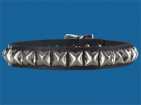1-Row Pyramid Collar